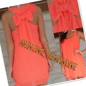 Dresses & Skirts - Coral back bow summer dress